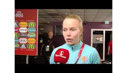 Embedded thumbnail for Kika van Es na 1-2 winst met Nederland vs Red Flames