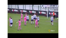 Embedded thumbnail for Eva's Tienen krijgt er 14 rond de oren in Heist Superleague
